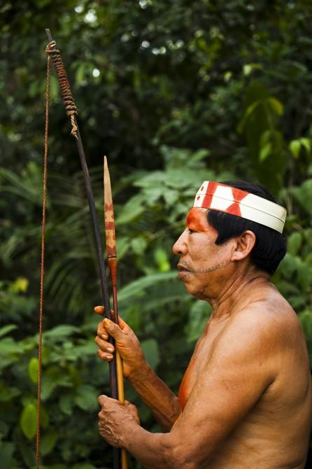 Matsés with bow arrow Amazon Alicia Fox