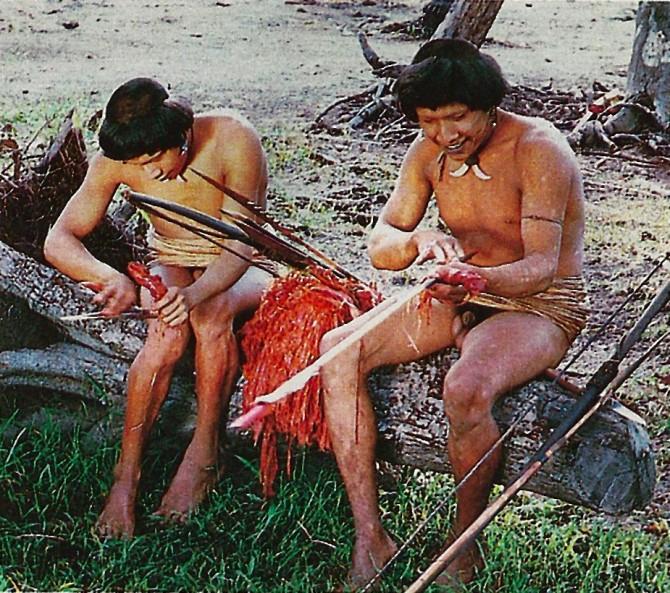 Urueu-Wau-Wau tiki uba arrow preparation