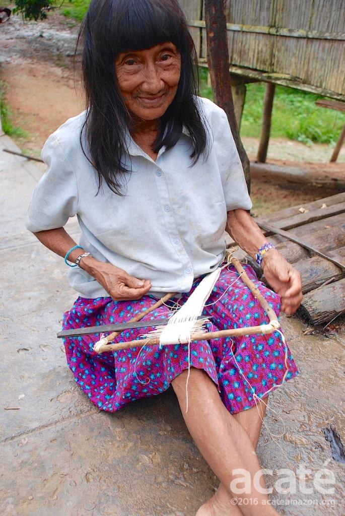 matsés handicraft uitsun chambira bracelets weaving