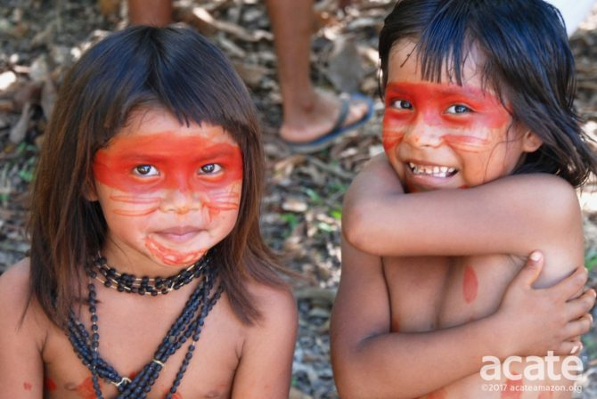 Matsés children